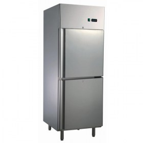 Upright Freezer for commercial kitchen